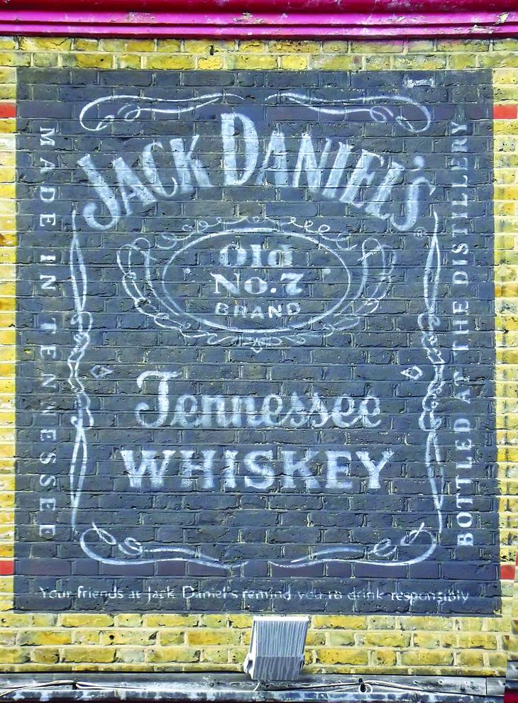 Fake ghost sign Jack Daniel's