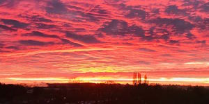 15 Stunning Photos Of This Morning's Fiery Sunrise Over London