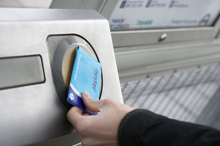 An Oyster card being tapped
