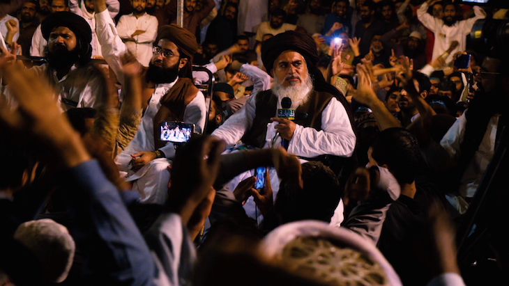 bmy 032a cleric khadim hussain rizvi at a rally protesting against asia bibis acquittal shot 2 graded
