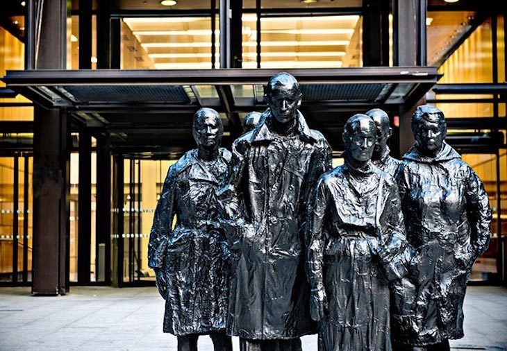 George Segal's Rush Hour sculpture is one of our favourite piece's of modern art in London