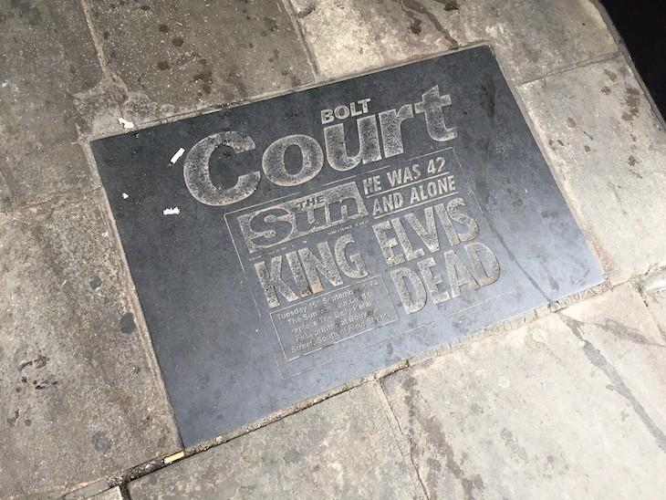 A plaque showing the Sun newspaper announcing Elvis's death