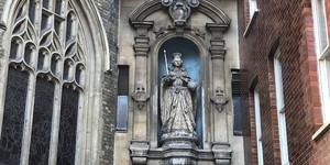 Have You Spotted The Three Queens Of Fleet Street?