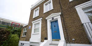 Hammersmith Blue Plaque Remembers Couple Who Made A Perilous Escape From Enslavement