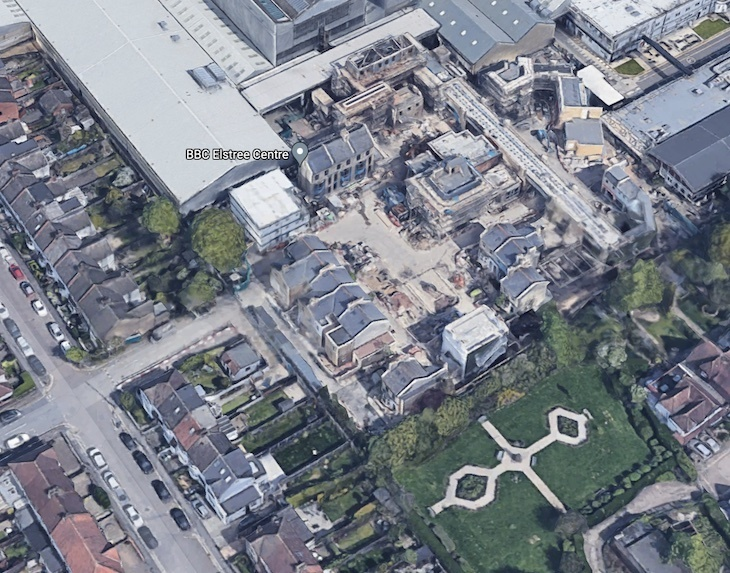 Satellite view of Albert Square. Lots of buildings north of a park
